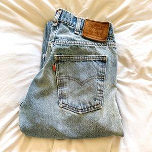 LEVI'S - vintage distressed boyfriend men's jeans